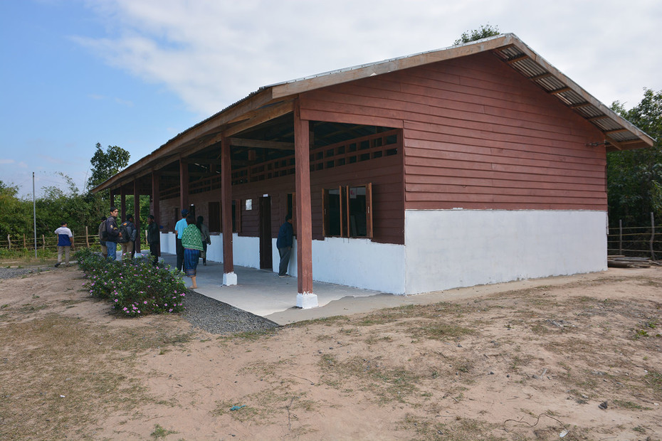 Neues Schulhaus in Laos